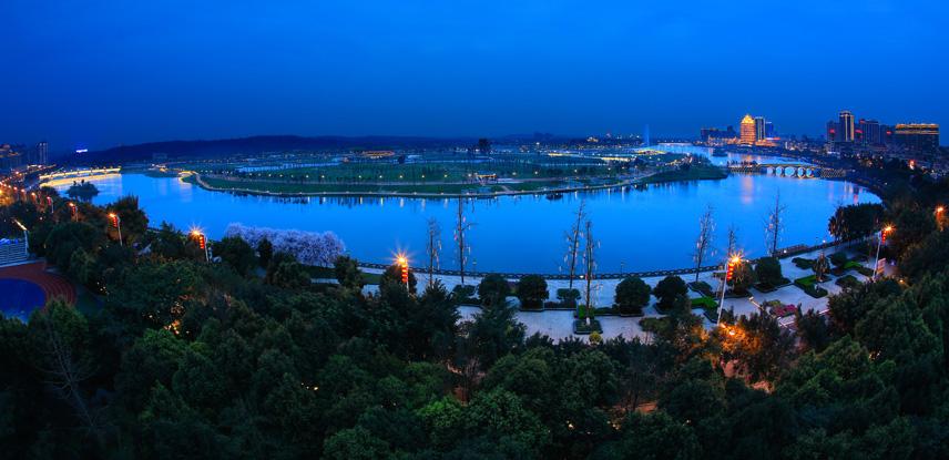 东坡岛的夜色美856.jpg